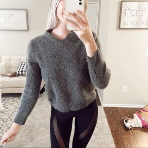 100% Cashmere Gray Sweater